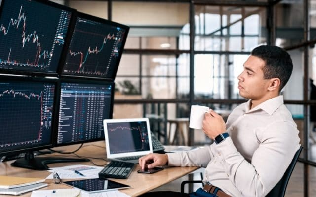 What Forex Traders Can Learn From Professional Sports Bettors