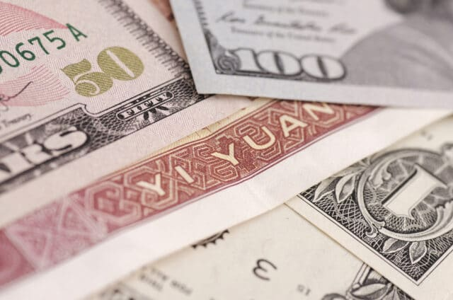 USDCNY Outlook: Yuan Slides As Strong Retail Sales Shore Up the US Dollar